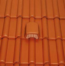 Lüftungsschacht im Dach