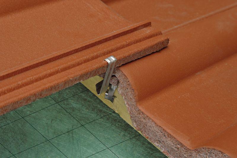 tipps f r ein sicheres dach dachkonstruktion. Black Bedroom Furniture Sets. Home Design Ideas