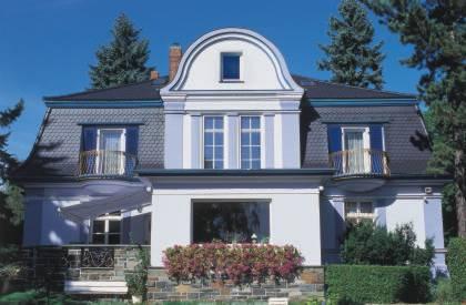 oben auf klassische materialien f r das moderne dach dachsteine eindeckung. Black Bedroom Furniture Sets. Home Design Ideas
