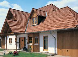 Dacheindeckung mit Brass Dachsteinen