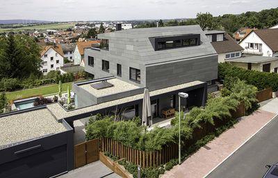 Außergewöhnliche Architektur in Schiefer