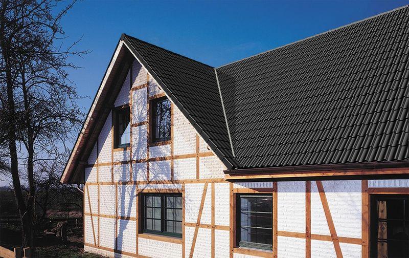 Oben auf klassische materialien f r das moderne dach for Modernes haus dach