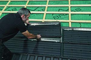 Montage von Photovoltaikkollektoren