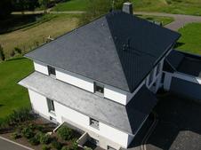 Dach aus Ratscheck Schiefer