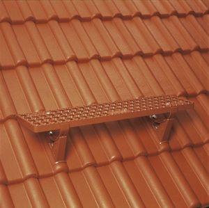 Sicherheits-Steigtritte auf dem Dach