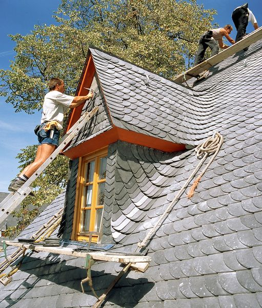 Welche Versicherung Zahlt Bei Sturmschaden Am Dach