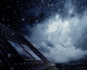 Dachbeanspruchung bei Sturm und Regen