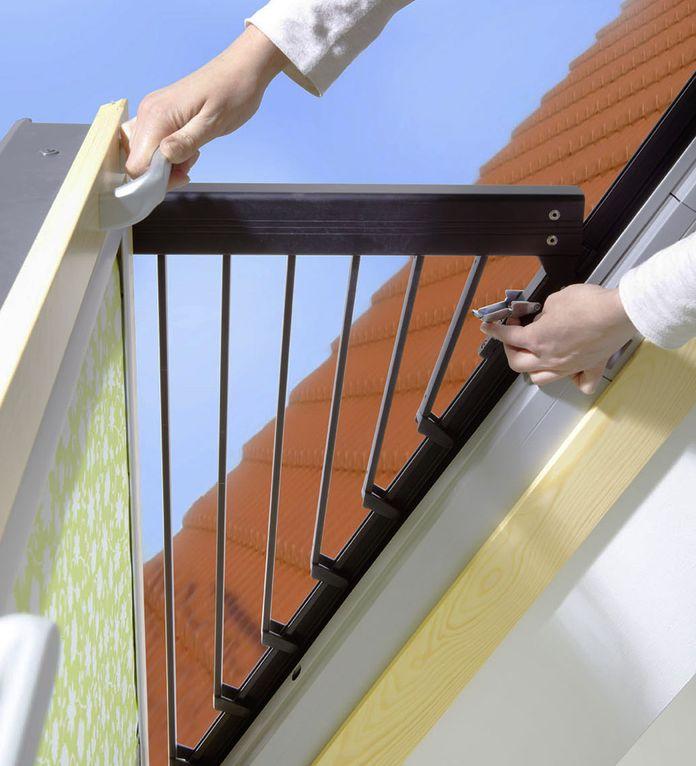 Top Der Mini-Balkon zum Ausklappen YG32
