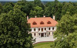 Haus mit Dachziegel-Eindeckung