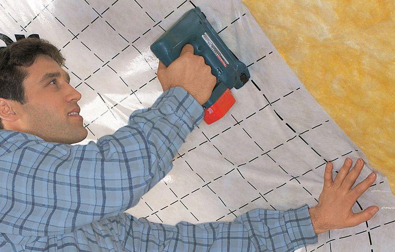 Die Investition in eine Dachdämmung zahlt sich aus