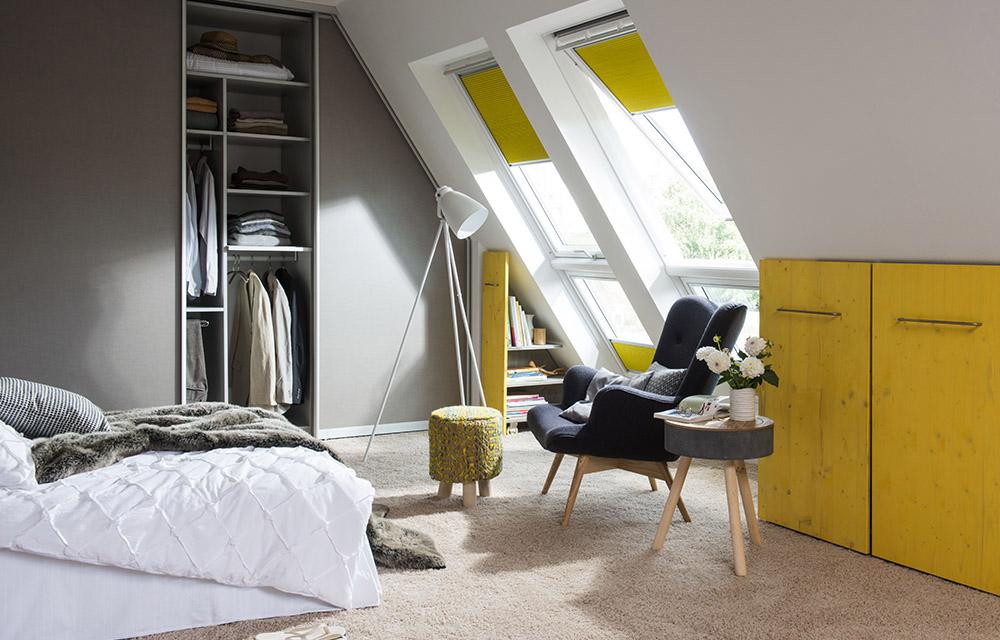 Wabenplissees Können Räume Ganz Nach Bedarf Teilweise Oder Vollständig  Abdunkeln. Sie Eignen Sich Daher Auch Hervorragend Fürs Schlafzimmer Unterm  Dach.