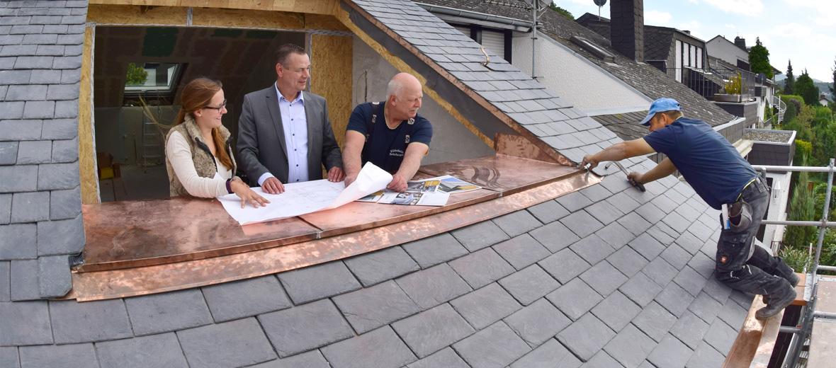Dach-Handwerker: Wer macht was?