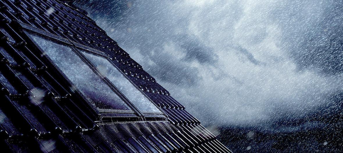 Sturmfest und hagelsicher: Ein gutes Dachfenster trotzt jedem Unwetter