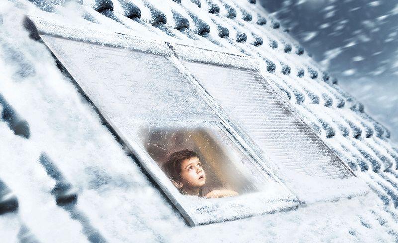 Heizkosten senken mit Rollläden für Dachfenster
