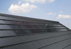 TÜV zertifiziert: Photovoltaik Indach-System Premium von Braas
