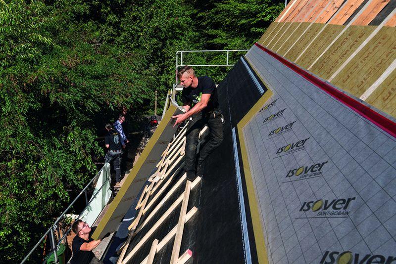 Dreifach lukrativ: Dachdämmung