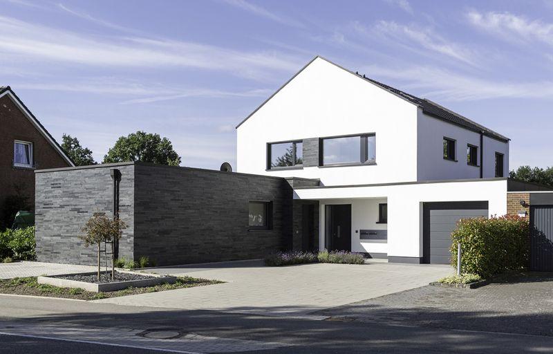 ratgeber dachsanierung dach sanieren und heizkosten sparen. Black Bedroom Furniture Sets. Home Design Ideas