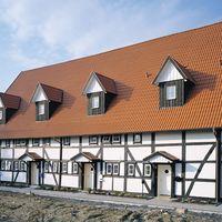 Harzer Pfanne 7 (Big) in Klassisch-Rot auf Bauernhaus
