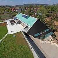 Haus auf zwei Ebenen