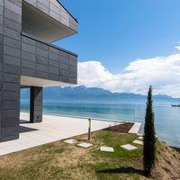 Schieferhaus am Genfer See