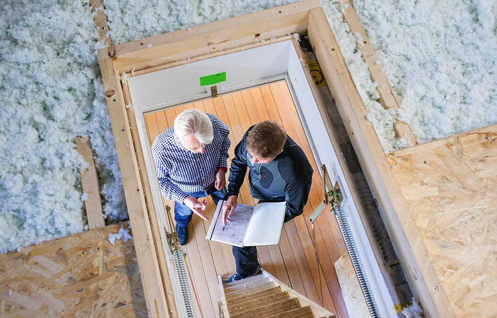 schnell und g nstig neue einblasd mmung f rs dachgeschoss. Black Bedroom Furniture Sets. Home Design Ideas